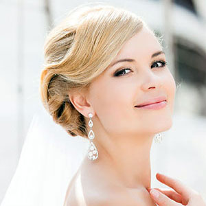 Bridal Hair Ideas for short hair at Coco Hair Salon in Eastbourne